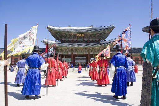 Du lịch Hàn Quốc ghé thăm cung điện Gyeongbokgung